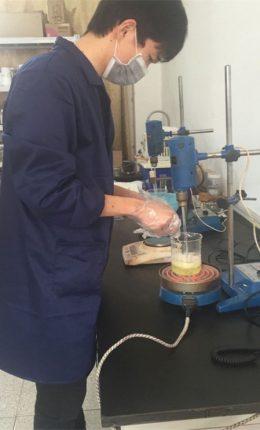 Peser avec précision le composant diazo2